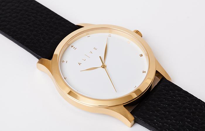 classics-leather-white-black1