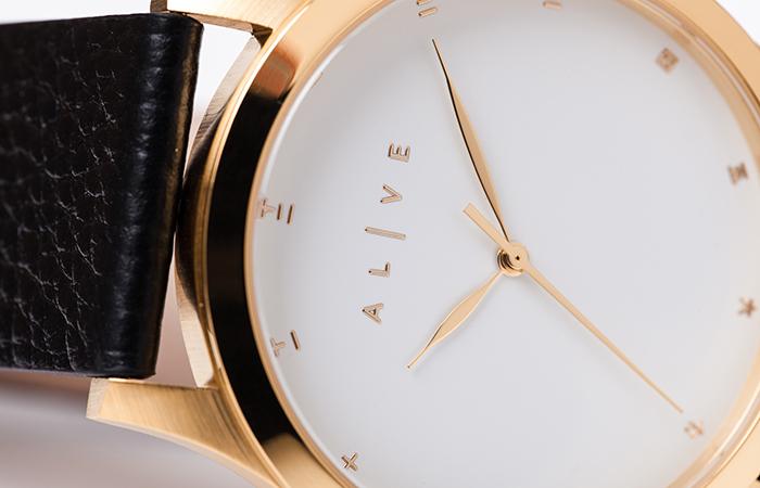 classics-leather-white-black3